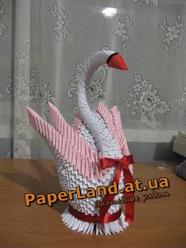 Лебедь двойной из бумаги